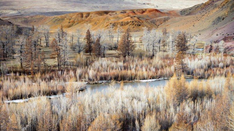 Цветные горы фото превью
