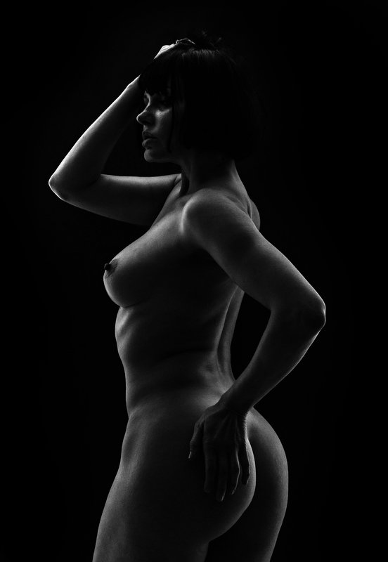 fine art , постановочная фотография ,жанровый портрет, губы , portrait , взрослая женщина photo preview