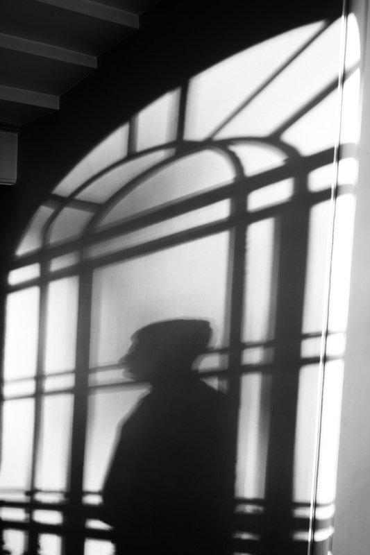 чб,тень,свет,интерьер Тень, которая гуляет сама по себе...photo preview