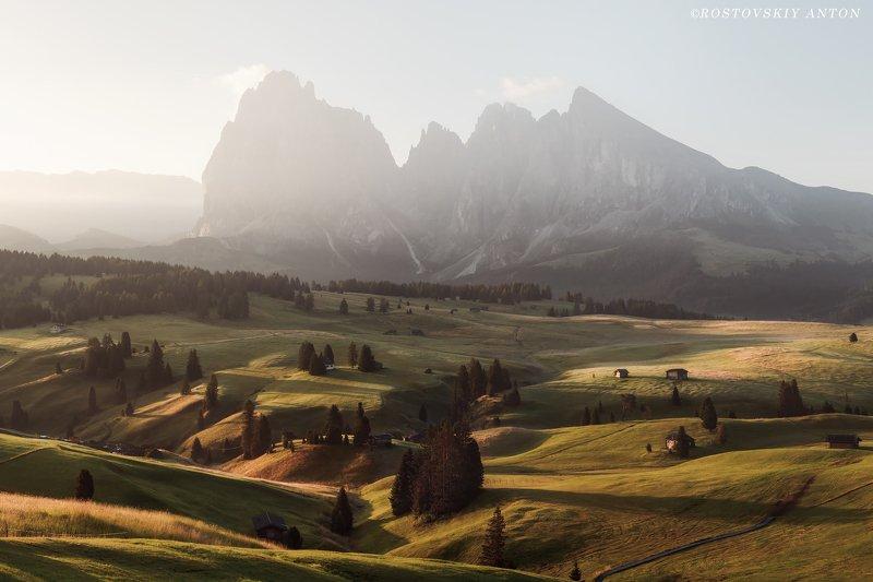 доломиты, фототур, альпы, утро, восход, alpe di siusi, dolomiti, dolomites, italy, фотопутешествие, triplaunch, Alpe di Siusi, Dolomites. (фототур в Доломиты)photo preview