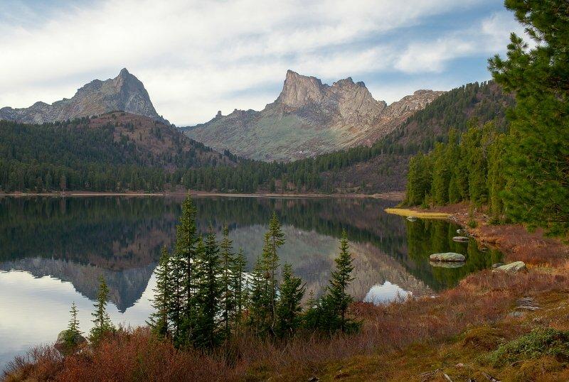 пейзаж, горы, озеро, осень Озеро Светлоеphoto preview