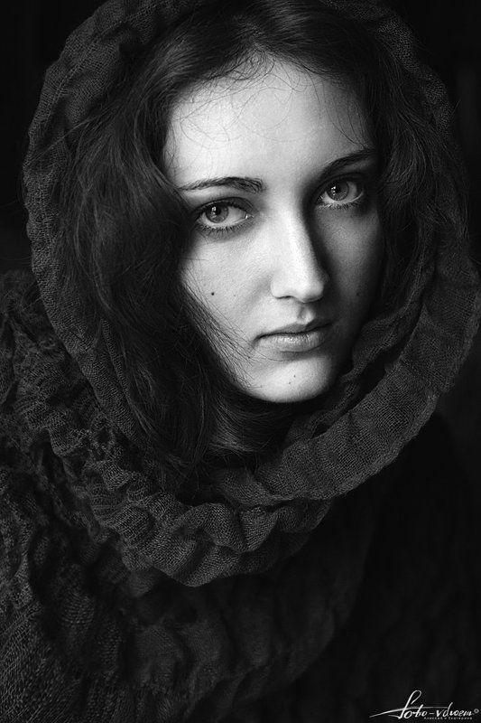 Foto-vdvoem, Глаза, Портрет, Портрет девушки, Портретная съемка, Фото вдвоем, Фото-вдвоем, Черно-белая фотография, Черно-белое фото Анастасияphoto preview