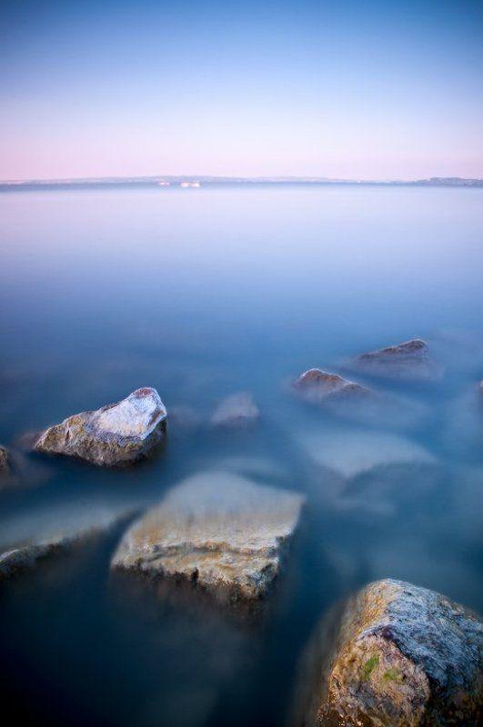 камни озера Балатон...photo preview