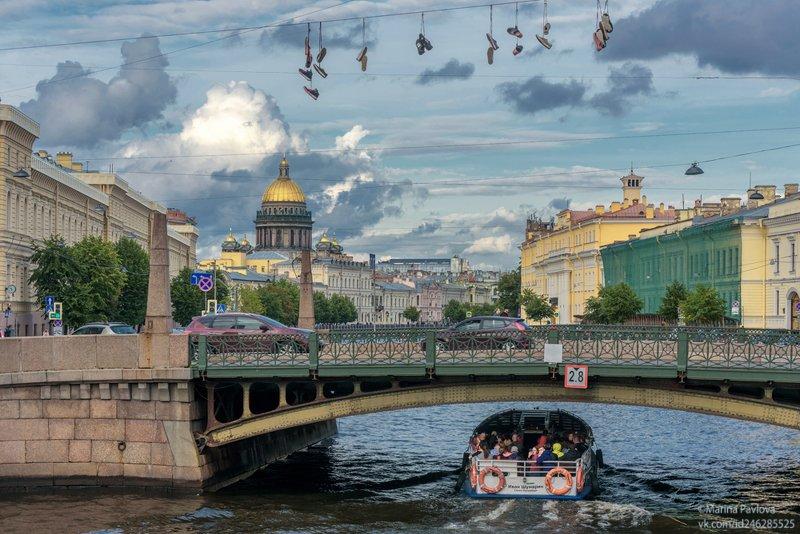 город ,санкт-петербург, городской пейзаж, поцелуев мост, летний вечерний петербург, исаакиевский собор, набережная реки мойки Питерский юмор. Летняя вечерняя навигацияphoto preview