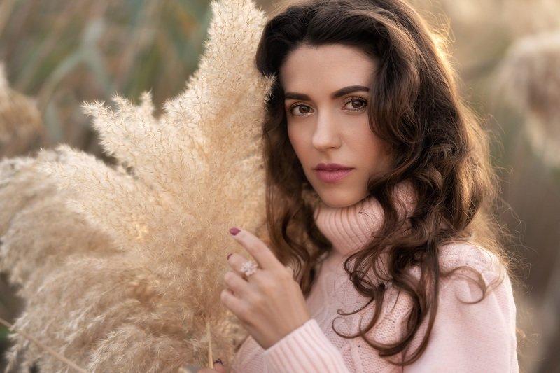 портрет девушка природа Нежностьphoto preview