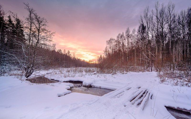 пейзаж, небо, закат, солнце, зима, река, зимняя река, мост Зимняя переправаphoto preview