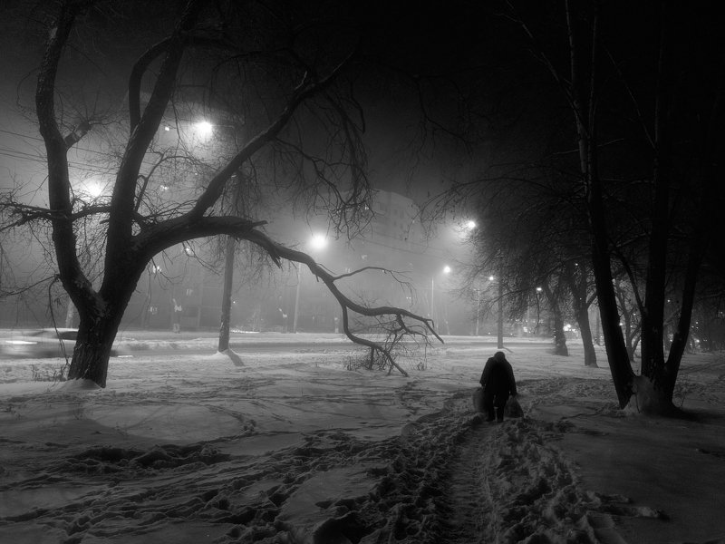 зима, вечер. снег, улица, фонари, самара Зима в геттоphoto preview