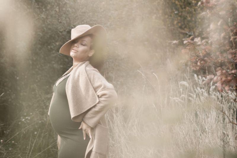 беременность, девушка Осеньphoto preview