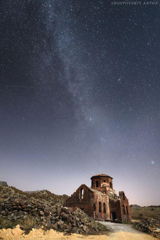 Ночь, Каппадокия, Млечный путь, Церковь, Развалина, фототур, Турция. Неизвестная Каппадокия (Фототур в Каппадокию)photo preview
