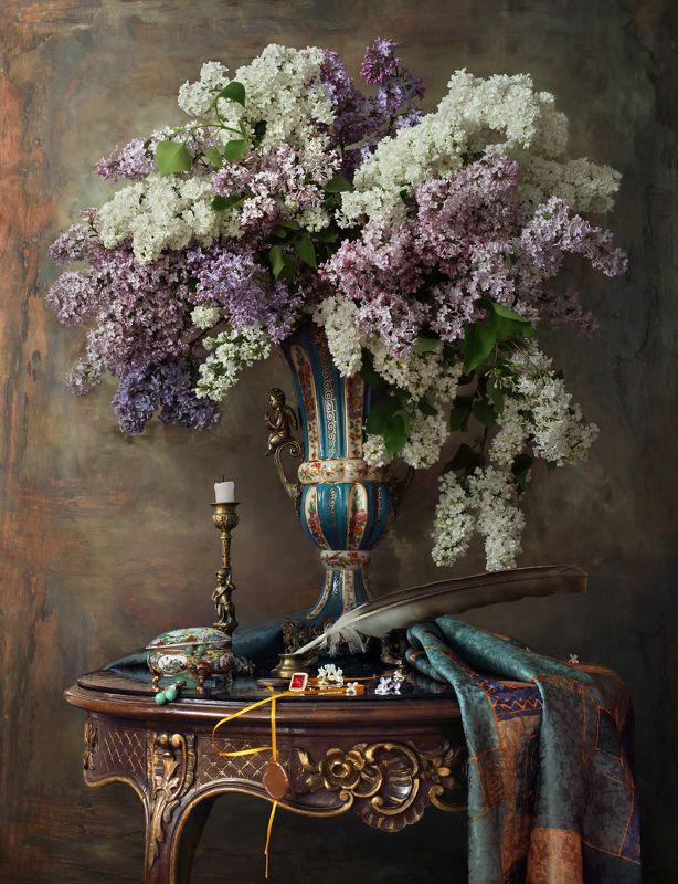 сирень, цветы, ваза, букет, стол, декорация, историческое, бароко  Натюрморт с сиреньюphoto preview