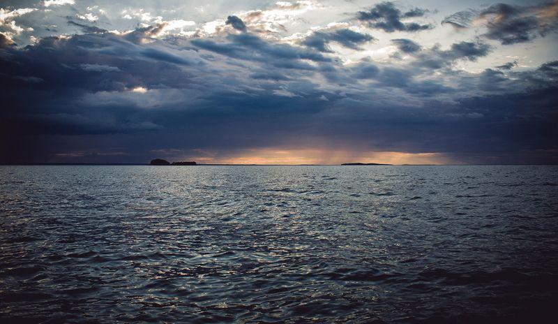 карелия, онега, вода, лето, облака, озеро Onegaphoto preview