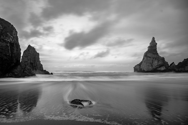 португалия, чб, пляж урса, скалы, берег, атлантика, атлантический океан, океан, вода Пляж Урсаphoto preview