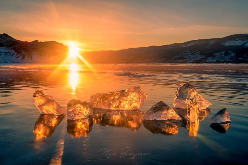 Лёд и пламяphoto preview