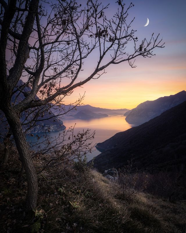 iseo, italy, moon, sunset, италия, озеро изео, луна, закат Iseo Lakephoto preview