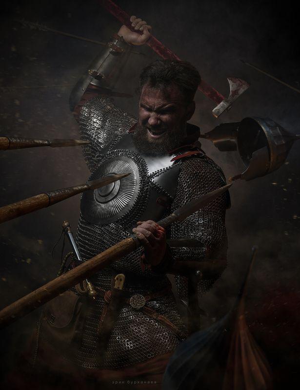 воин, витязь, битва И воин сходит в ад, сущий ад.  Но ни шагу назад.....photo preview