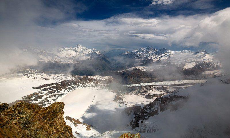 Скорее в горы, к высям ледяным!photo preview
