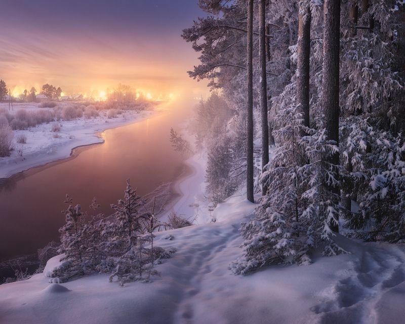 сумерки, река, зима Река, берущая начало в небесахphoto preview