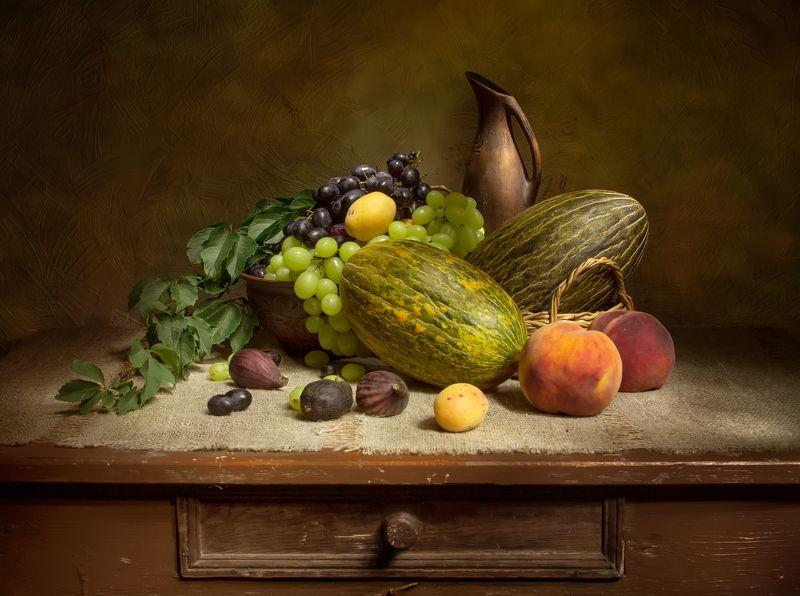 натюрморт, дыня, персик, виноград, инжир, абрикос Дары лета....photo preview