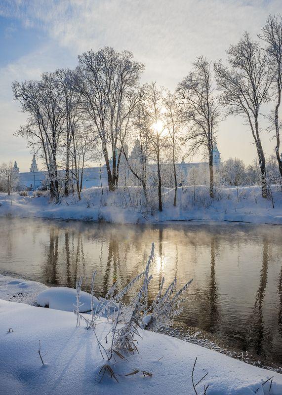 Под зимним солнцемphoto preview
