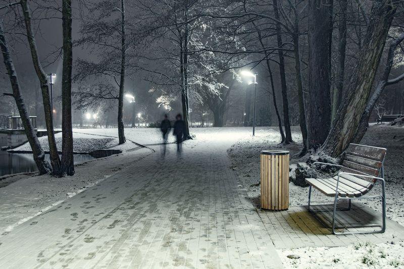 Зимний вечер в паркеphoto preview