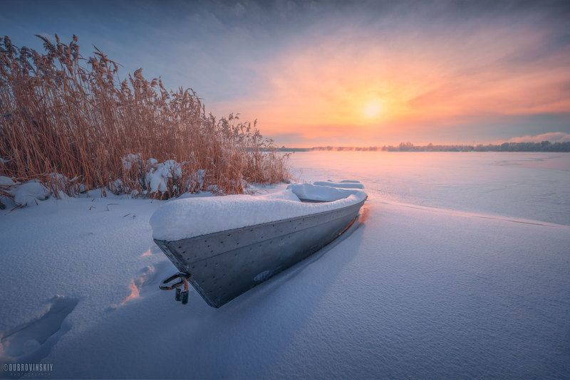 шатура, шатурские озера, лодка, рассвет, зима, мороз Про лодкуphoto preview