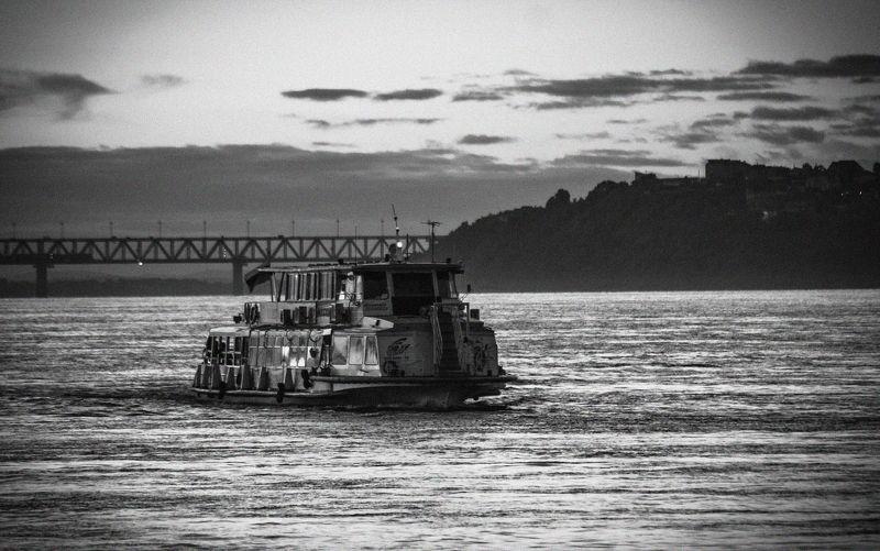 амур, хабаровск, вода, река, теплоход, чб crossing the Amurphoto preview