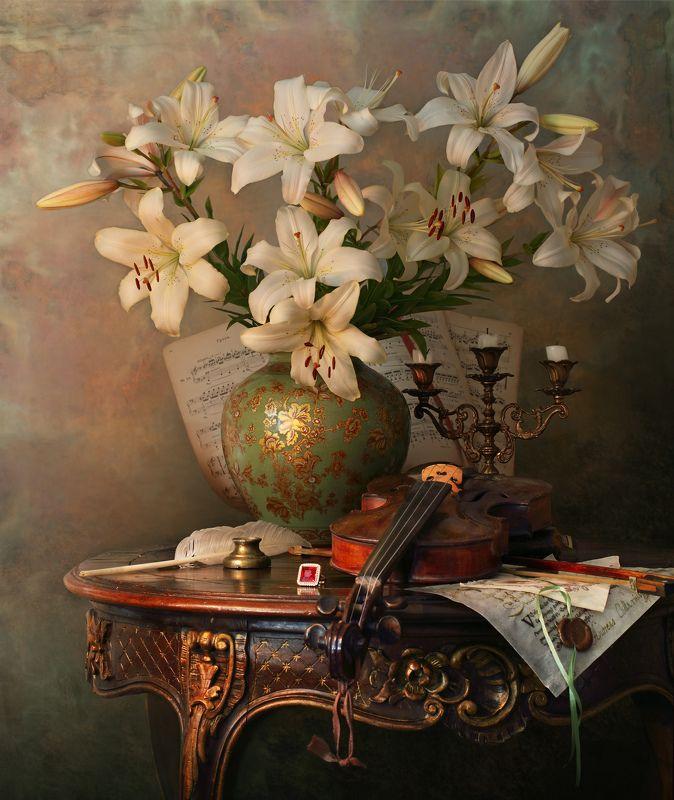 скрипка, музыка, цветы, лилии Натюрморт со скрипкой и лилиямиphoto preview