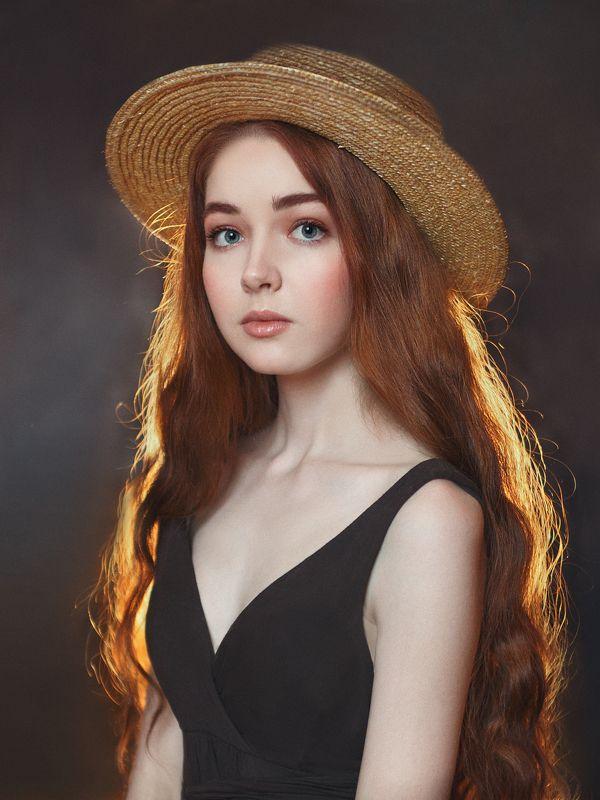 рыжая, юная, красавица, длинные волосы, нежная, открытый взгляд Анечкаphoto preview