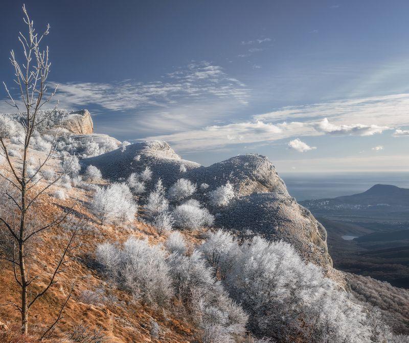 крым алушта демерджи зима горы пейзаж ***photo preview