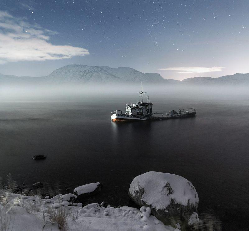 мурманская область, ура, полярная ночь, корабль, туман, ночь, север Последний причалphoto preview