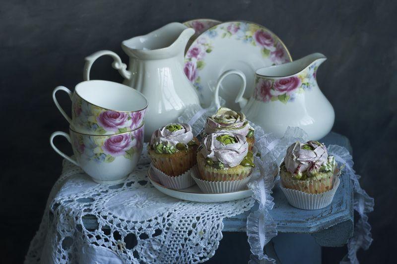 еда,капкейки, пирожные, сервиз, цветы, романтика, кондитер ...Сладкая романтика...photo preview