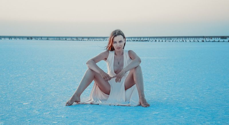 body line girl beauty nikon Ice Lakephoto preview