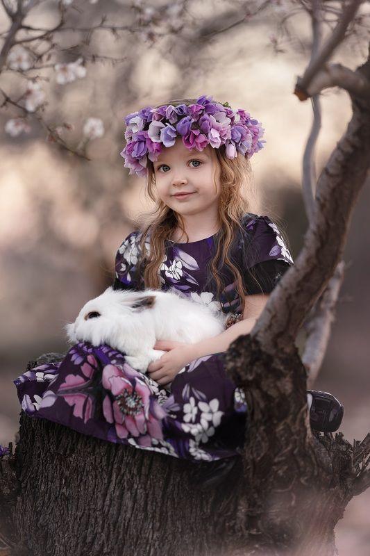 девочка зайчик цветы сказка photo preview