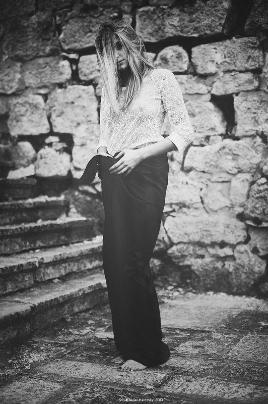 Alone, Art, Black & white, Black and white, Canon, Girl, Haletskyi, Model, Portrait photo preview
