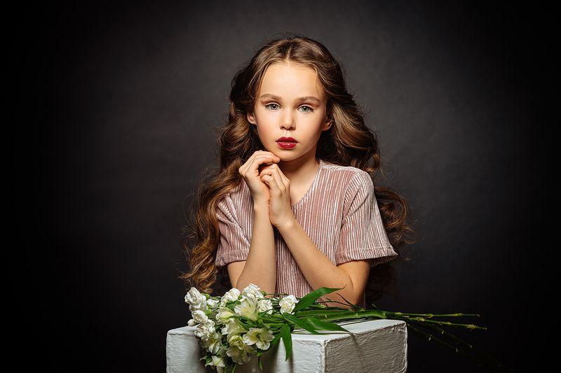 девушка, портрет, милая, цветы, cute, girl, portrait, flowers Polinaphoto preview