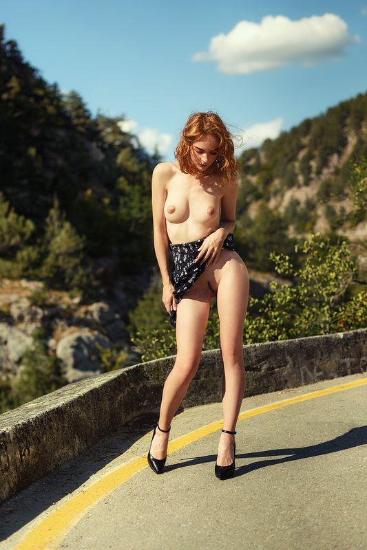 девушка, модель, ню Выпендрёжницаphoto preview