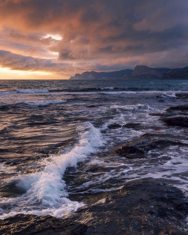 Закат в бухте Капсельphoto preview