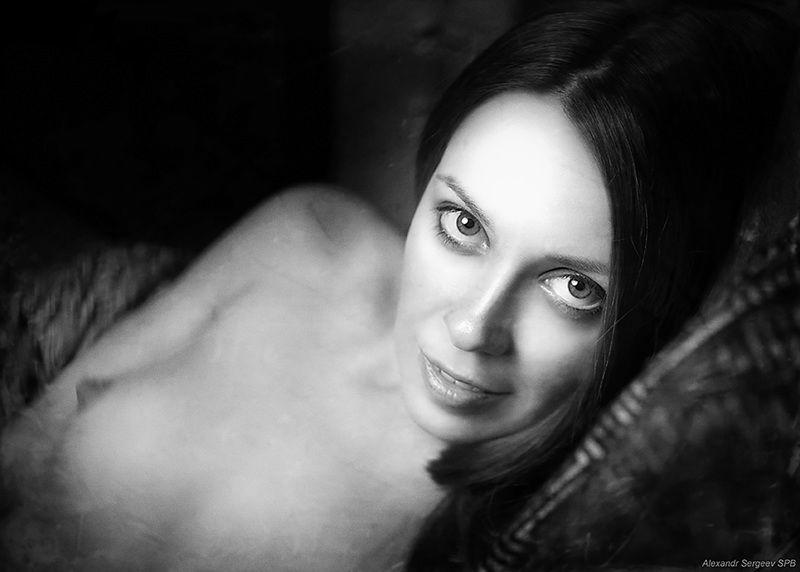 девушка,обнажённая,красота,нежность,гармония,настроение,ч/б Портрет девушкиphoto preview