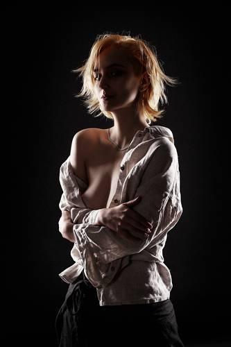 Женский портрет в контровом свете