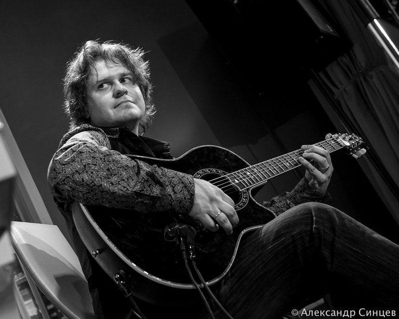 Гитара, Гитарист, Концерт, Роман мирошниченко Роман Мирошниченкоphoto preview