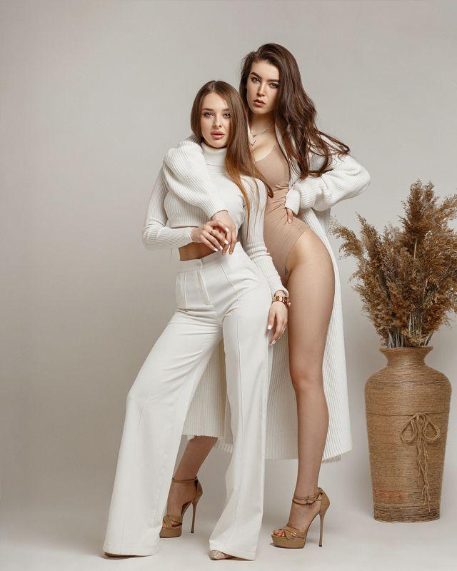 #womanportrait #models #girl #beauty #retauch #portrait #beautyfulgirl #portrait Alika & Lolaphoto preview