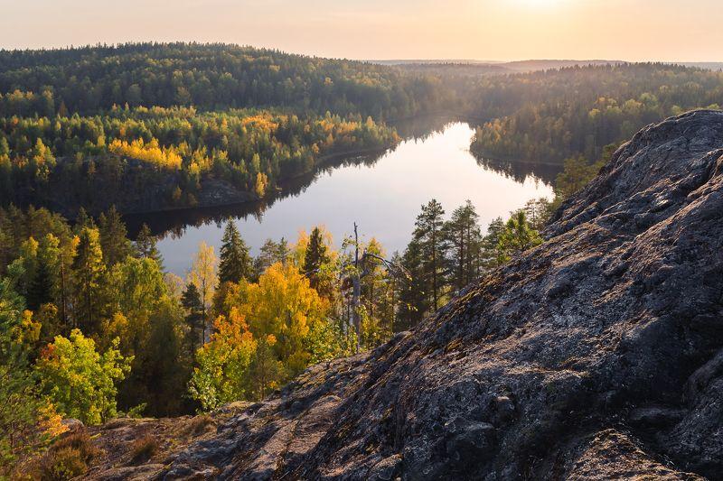 Озеро Треугольное. Ленинградская областьphoto preview