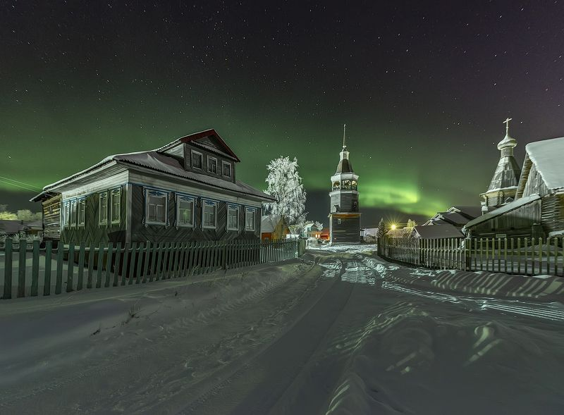 архангельская обасть, ночное фото, деревня, русский север, северное сияние Конецдворьеphoto preview