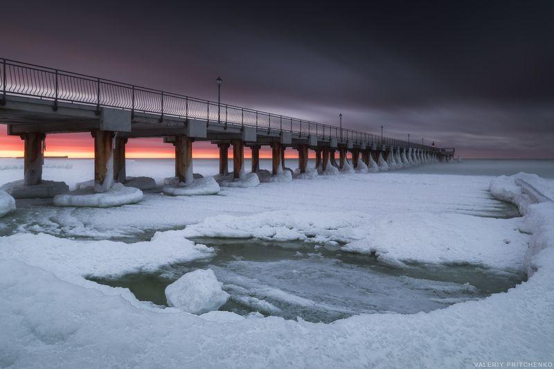 На ледяном берегуphoto preview