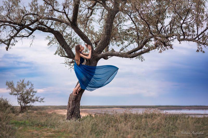 beauty, emotion, portrait, tree, art, idea, ukraine, consolation Consolationphoto preview
