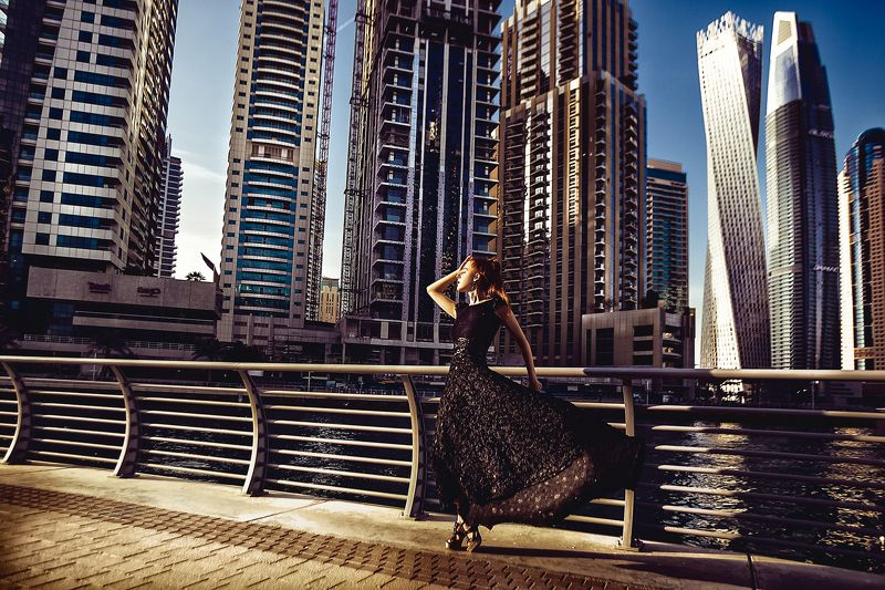 woman, portrait, fashion, beauty, travel, dubai Walking Dubaiphoto preview