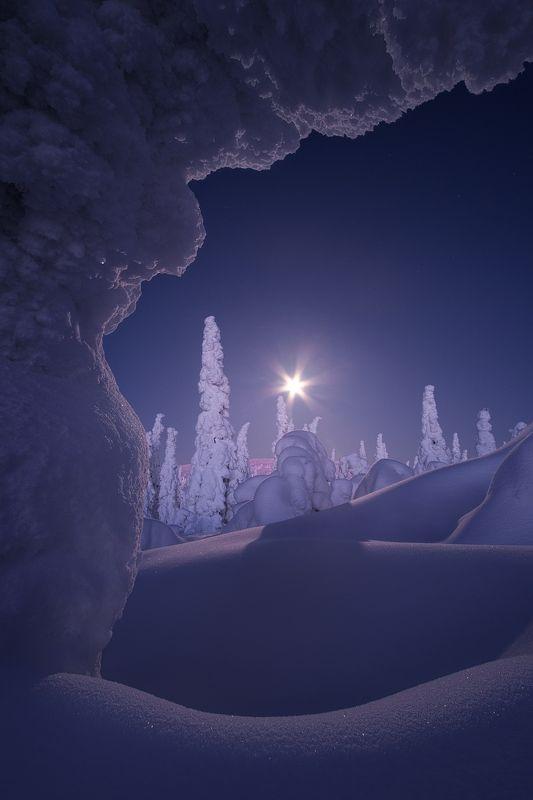 ночь, главный уральский хребет, гух, зима, луна, урал, северный урал Холодная тишина. В окружении безмолвных великановphoto preview