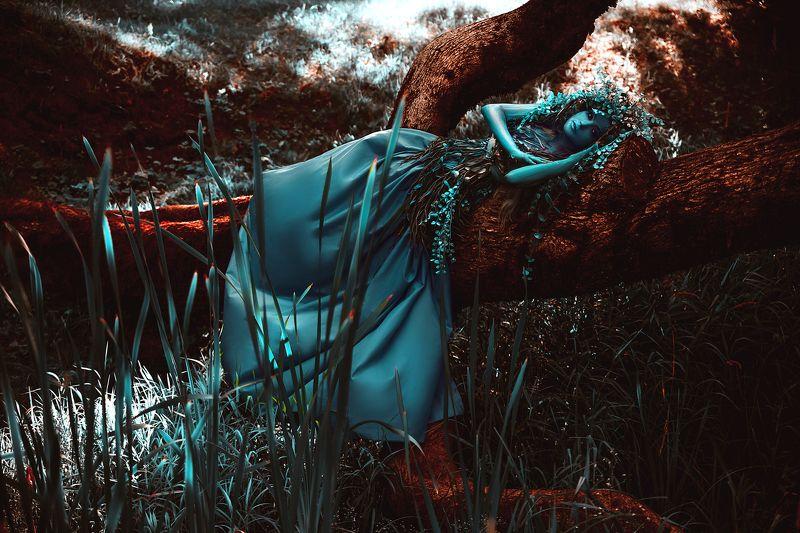 woman, portrait, art, beauty, outdoors, conceptual Damonaphoto preview