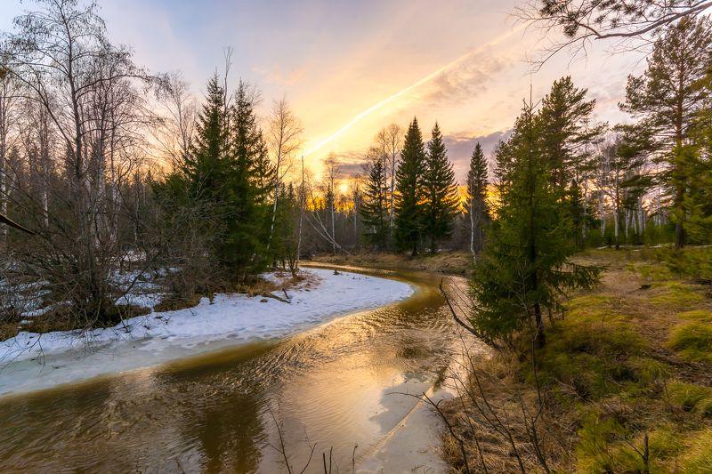 весна закат река лес Весенний закатphoto preview
