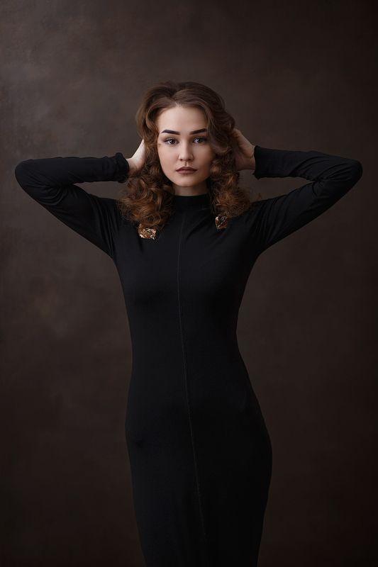 портрет девушка Зояphoto preview